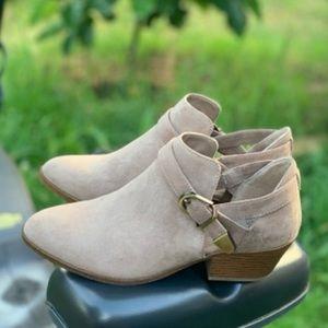 Memory Foam Women's Open Side Ankle Boot Taupe New